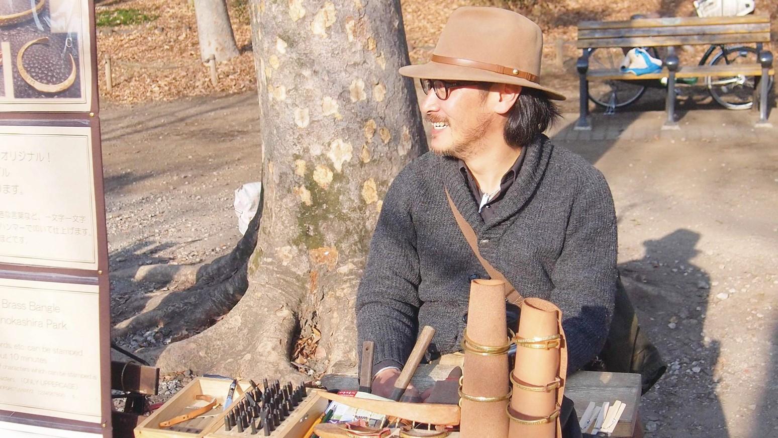 アートマーケッツとヘブンアーティストな人々|その15「Allen's Craftさん(真鍮のバングル作家)」
